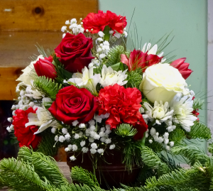 Little Bushel of Christmas Holiday Centerpiece in Montgomery, NY | MONTGOMERY FLORIST