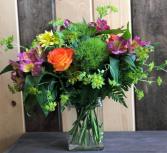 Living in Style Fresh Vase Arrangement