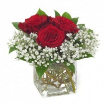 """IN LOVE BOUQUET""  3 RED ROSES WITH BABY'S BREATH IN A CUBE or round VASE!"