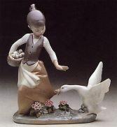 Lladro Aggressive Goose Figurine
