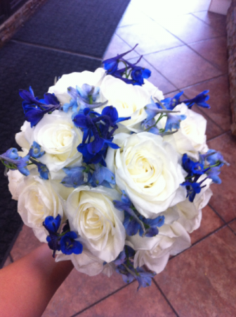 LMF4L BOUQ #10 BLUES AND WHITE BRIDE OR BRIDESMAID BOUQUET