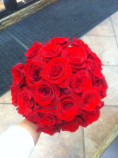 LMF4L-BOUQUET 3 ALL RED ROSES BRIDE OR BRIDESMAID BOUQUET