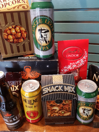 LOCAL BEER & MORE Beer and snacks basket