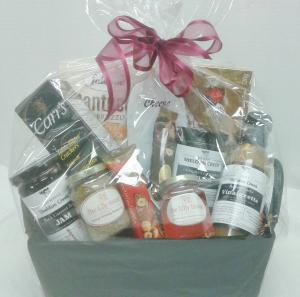 Local Gourmet Basket  in Tottenham, ON | TOTTENHAM FLOWERS & GIFTS