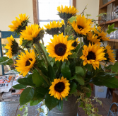 Local summer sunshine vase arrangement