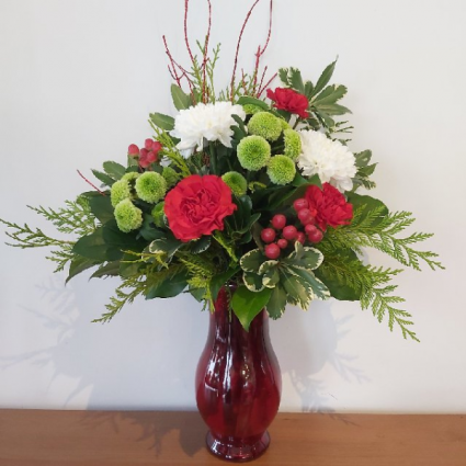 Long Lasting Traditions Christmas Vase