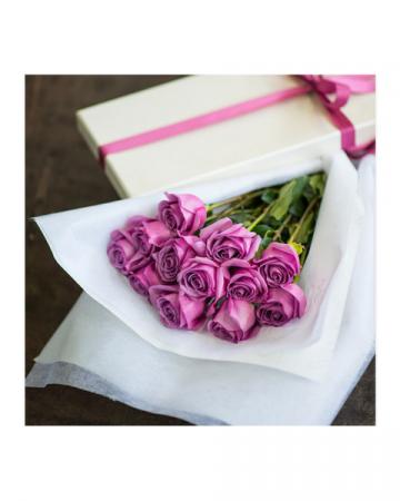 Long Stem Lavender Roses in a Box