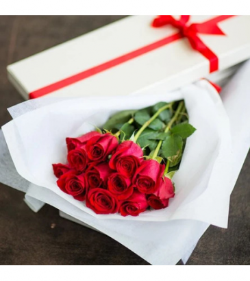 Long Stem Red Roses in a Box