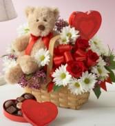Lotsa Love Basket Bundle Vase