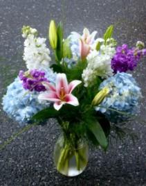 Lou's Garden Garden Bouquet Design