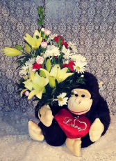Lovable Gorilla Bouquet