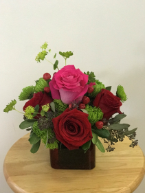 Lovable Short square vase arrangement