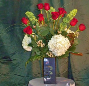 Thinking of You with Love Modern Roses and Hydrangea