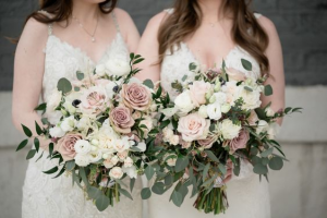LOVE ALLWAYS COLLECTION ELEGANT MIXTURE OF FLOWERS in Houston, TX | Bella Flori