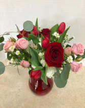 Love and Hugs Bouquet All Around Vase
