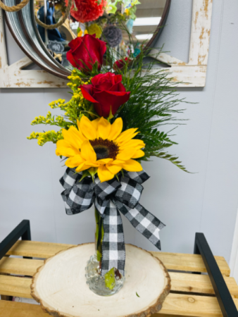 Love and sunshine  Budvase with 2 red roses and 1 Sunflower