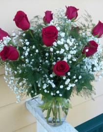 Love Buds #3 Standard Dozen Roses Vase Arrangement