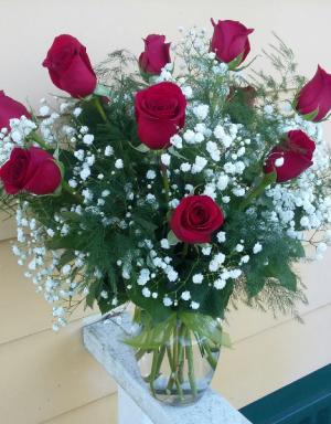 Love Buds #3 Standard Dozen Roses Vase Arrangement in Phenix City, AL | BUDS & BLOOMS FLORIST