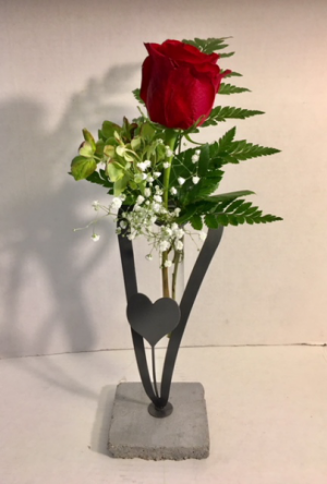 Love Classic Beauty on Collector Vase in Reno, NV | Flower Bell