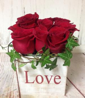 Love Cubed  in Easton, CT | Felicia's Fleurs
