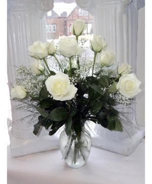Love Everlasting vase arrangement in North Adams, MA | MOUNT WILLIAMS GREENHOUSES INC