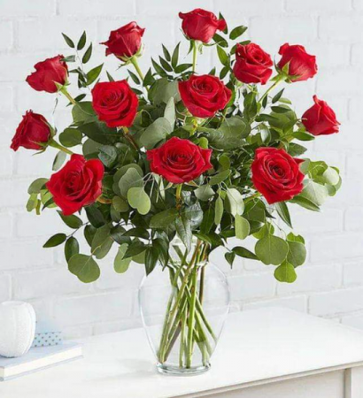 Love Expression #1 Available in 12, 18, & 24, Roses