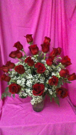 R24V Love Forever 24 long stem roses arranged with baby breath