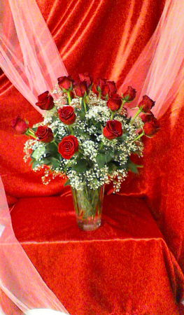 R24V Love Forever Valentine Arrangement