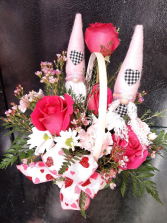 Love Gnome Basket
