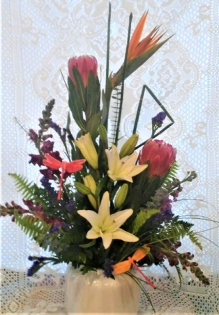 Love High Style Vased arrangement with High-end flowers