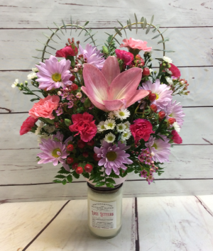 Love Letters Flowers & Candle  in Culpeper, VA | ENDLESS CREATIONS FLOWERS AND GIFTS