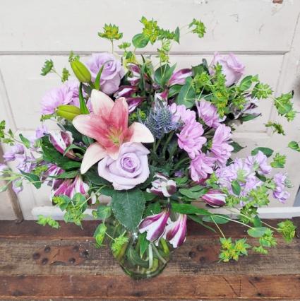 Love Me Sweet Vase Arrangement