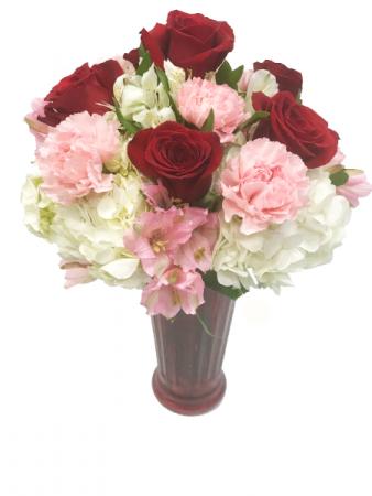 Love Me Tender Roses and Hydrangeas