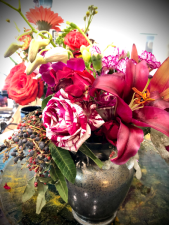 Love & Romance Bouquet Premium Designer's Choice