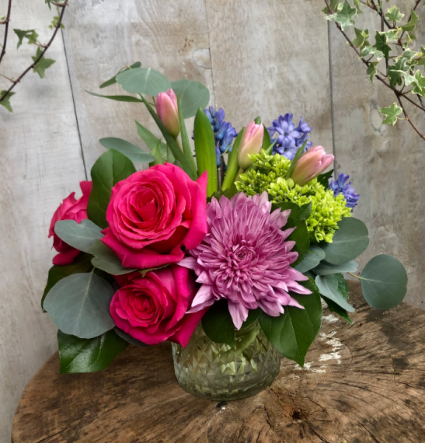 Springtime Cheer Floral Arrangement
