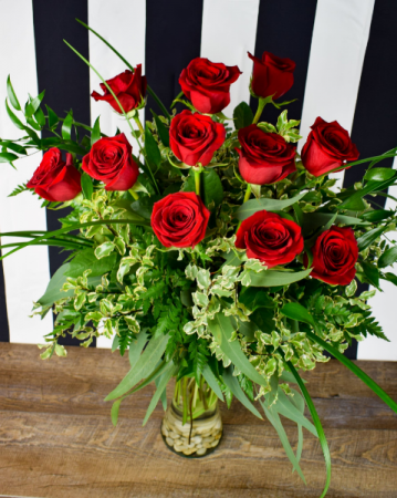 Love Story Dozen Long Stem Roses Fresh Roses