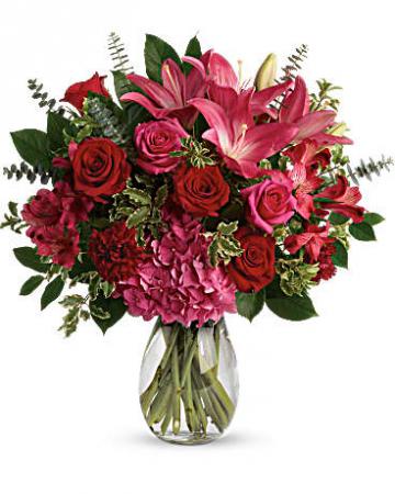 Love Struck Bouquet Arrangement