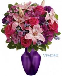 LOVE YOU MOM! Floral Arrangement