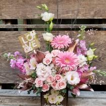Love You More Bouquet VA5