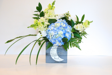 Love you to the moon! (boy) Floral Design