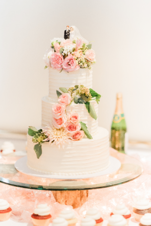 Delicate Cake Flowers