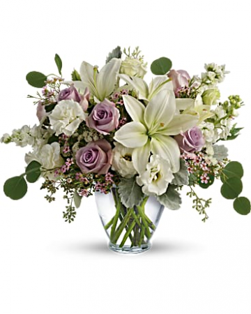 Lovely Luxe Bouquet All-Around Floral Arrangement