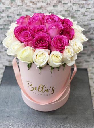 Lovely Pink Roses Flower Box 25 Roses