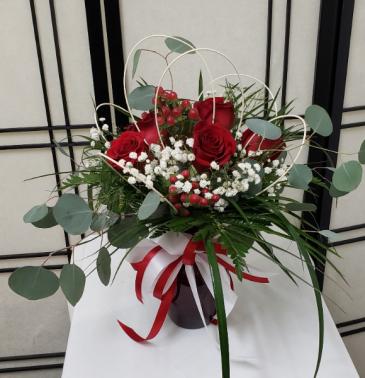 Lovely Roses Signature Arrangement