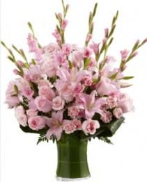 LOVELY TRIBUTE Flower Arrangement