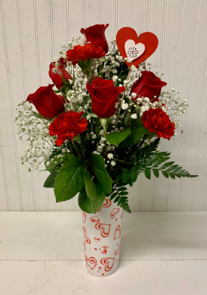 Lover's Delight  in Easton, MD | ROBINS NEST FLORAL AND GARDEN CENTER