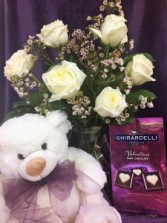 Lover's Special 1/2 doz roses + gifts