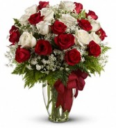 Love's Divine Bouquet - Long Stemmed Roses Rose Arrangement