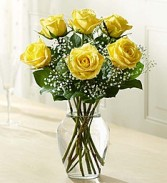 Love's Embrace™ Roses – Yellow Fresh Arrangement