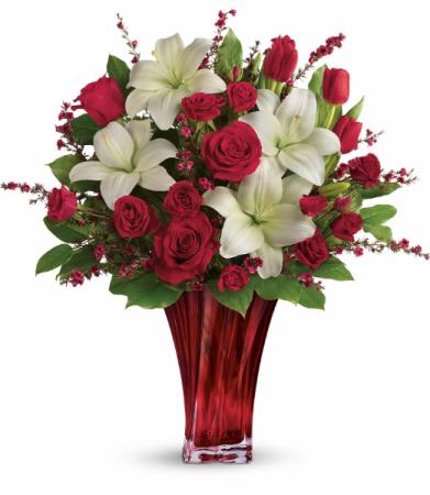 Love's Passion Bouquet Vased Arrangement